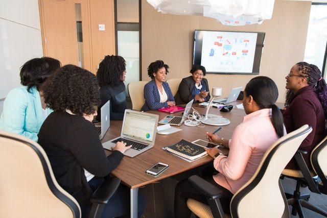https://oasisafrica.co.ke/wp-content/uploads/2018/10/employee-wellness-program-oasis-640x427.jpeg